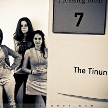 En backstage, The Tinun&#039;s