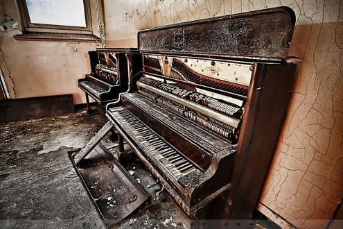 Negro Community Center - piano