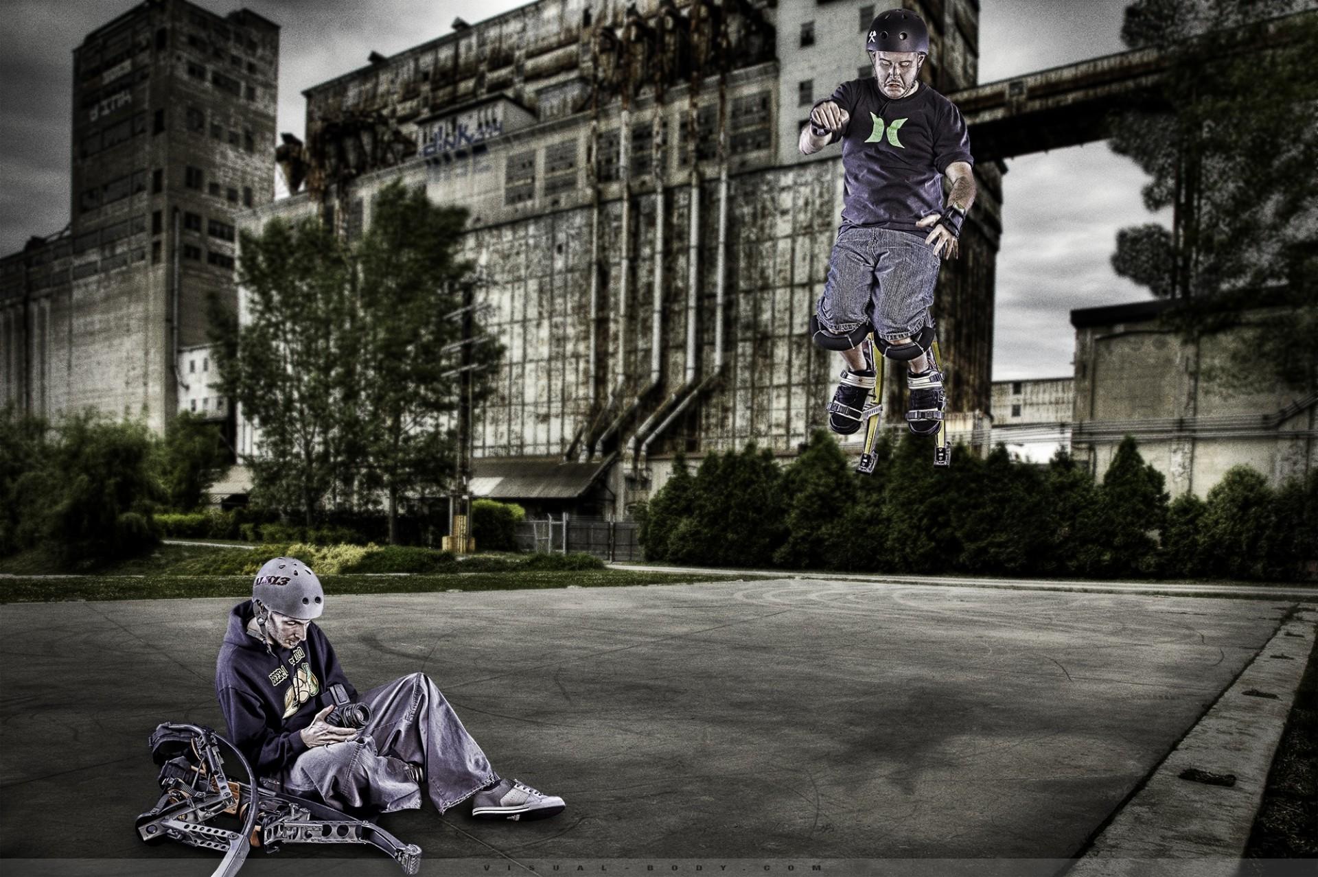 Urban Life II - Échasses urbaines