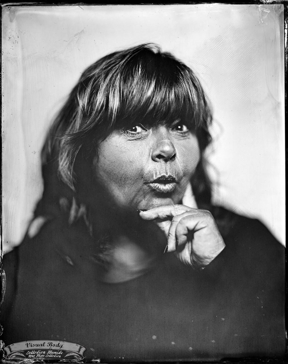 Lise Dion. Profession: humoriste/comedian.