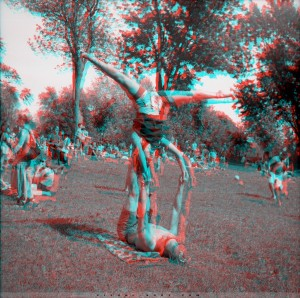 04-Acrobates_Anaglyph_sign