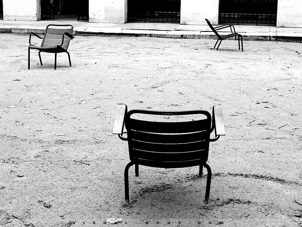 Galeries Parisiennes, les chaises, Paris